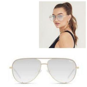 NWT QUAY High Key Contrast Aviator Sunglasses
